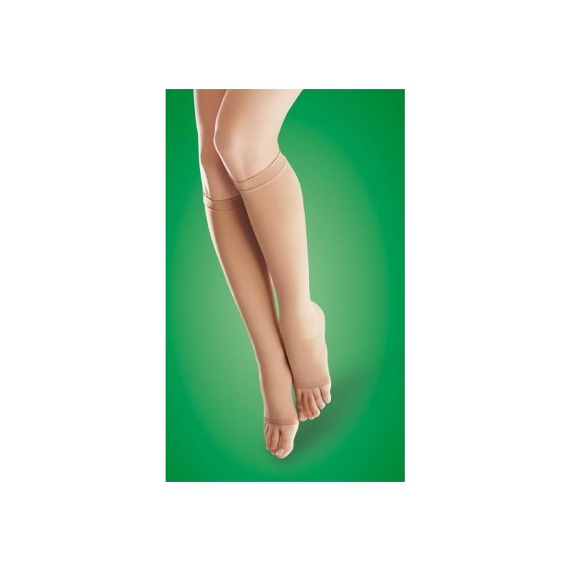 Компрессионные чулки при отеках ног